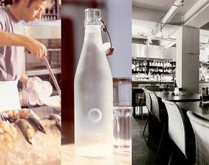 water bottle with de Oceaan logo